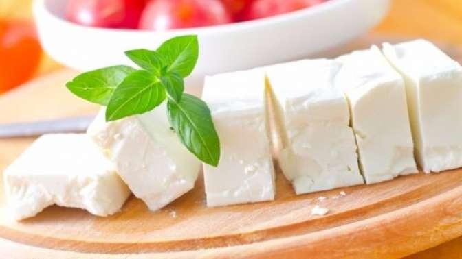 Rahat bir uyku için peynir birebir
